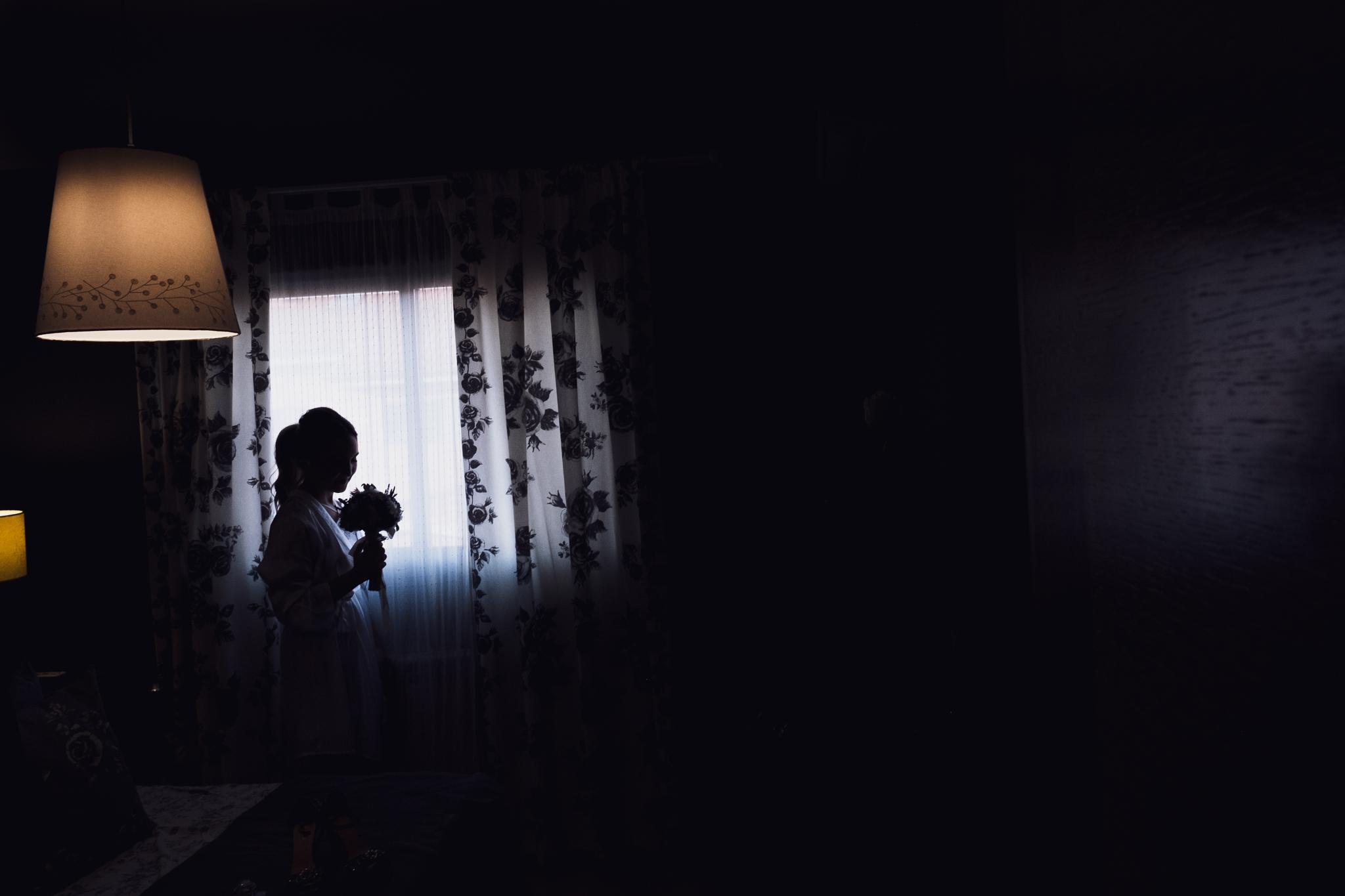 novia a contra luz
