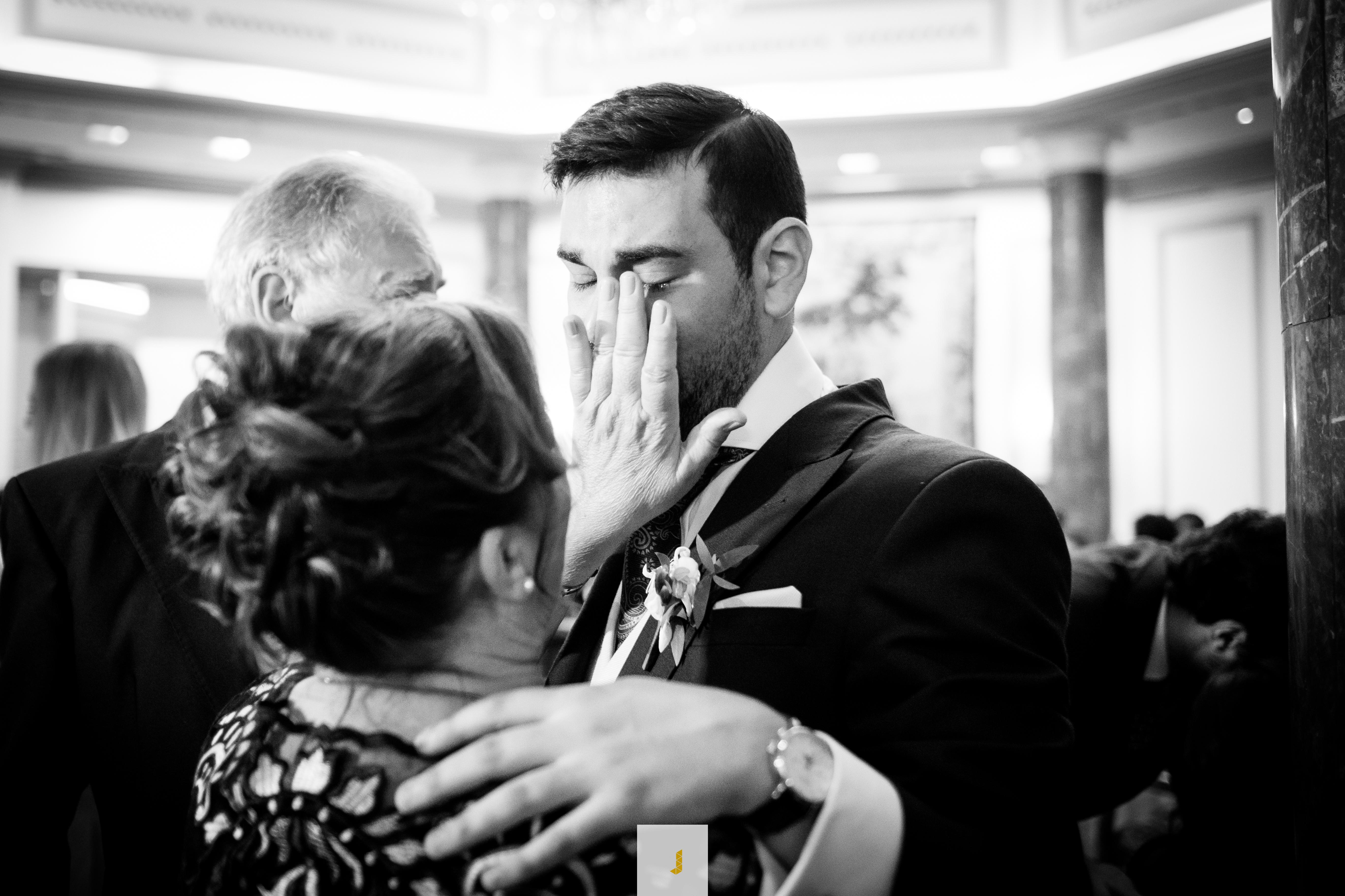 lagrimas en una boda